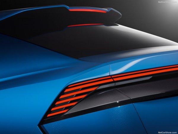 Задняя дверь Audi Q8