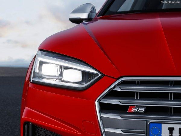 Audi S5 Coupe 2017, передние правые фары