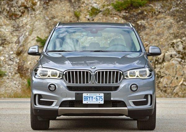 BMW X5 F15, вид спереди
