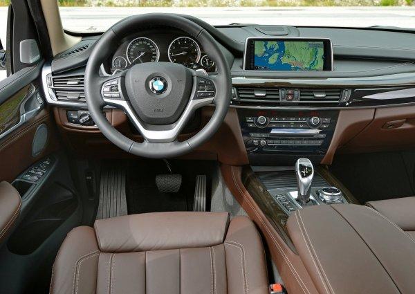 Интерьер нового BMW X5 F15