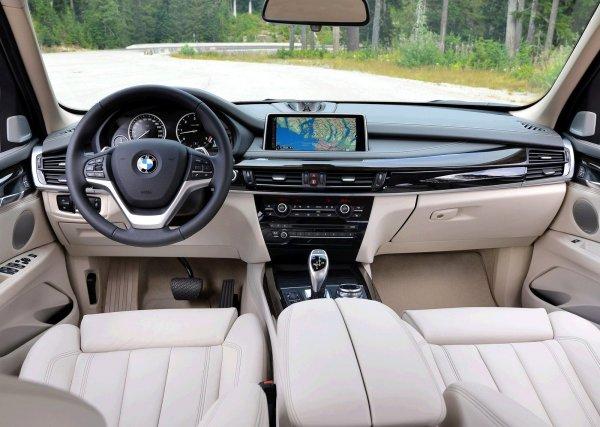 Интерьер BMW X5 2014
