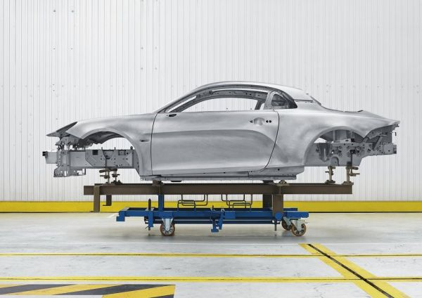 Алюминиевая рама спорткара Renault Alpine A110 2018