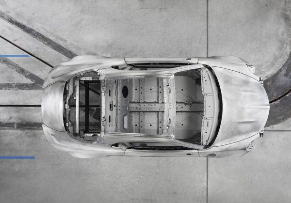 Алюминиевая рама спорткара, вид сверху
