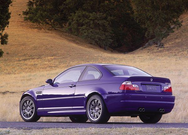 BMW M3 E46 2001, вид сзади