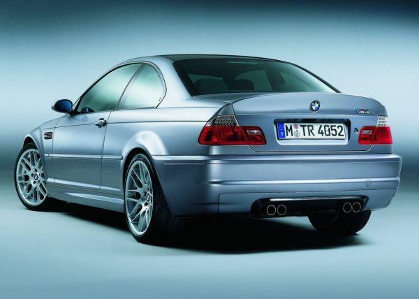 BMW M3 E46 CSL, вид сзади