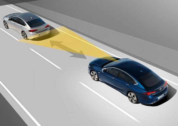 Системы безопасности Opel Insignia