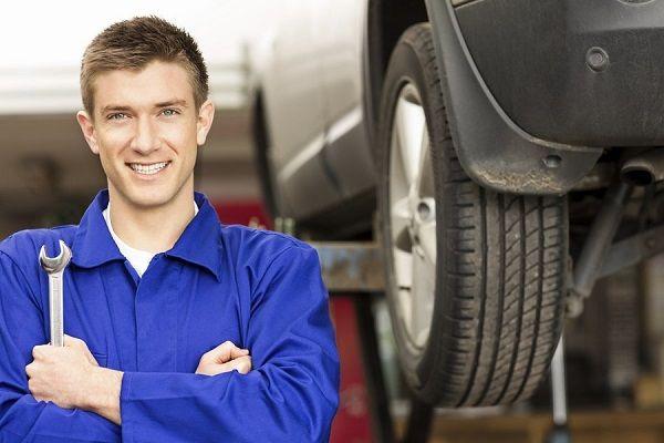 Как удалить царапины на кузове машины