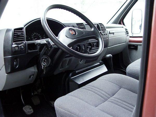 ГАЗ Валдай, руль и панель управления