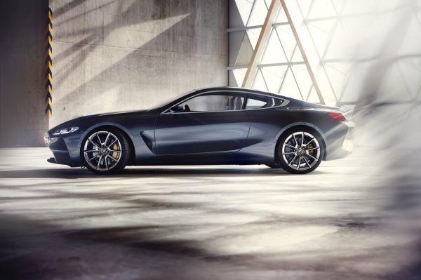 BMW 8-Series, вид сбоку