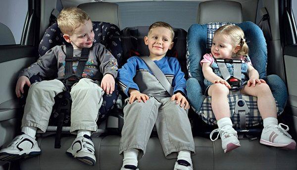 Как выбрать детское автомобильное кресло в машину