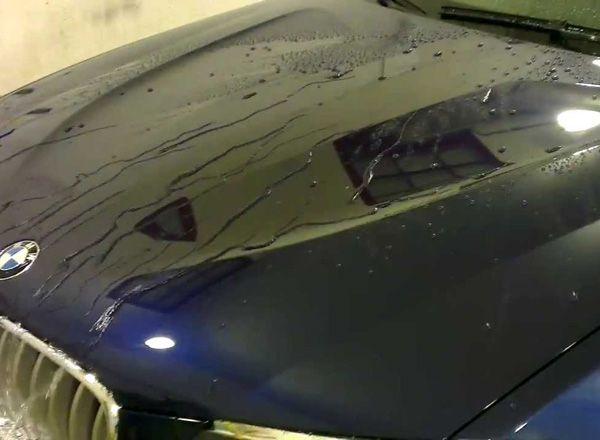 Кузов автомобиля вскрытый жидким стеклом