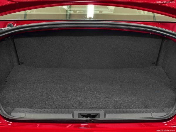 Тойота GT86 2017 года, багажник
