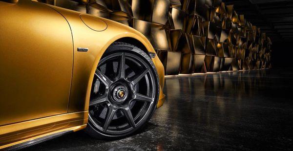 Карбоновые диски на Porsche 911 Turbo S Exclusive Series