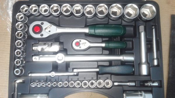 Инструменты для замены шаровой Рено Логан