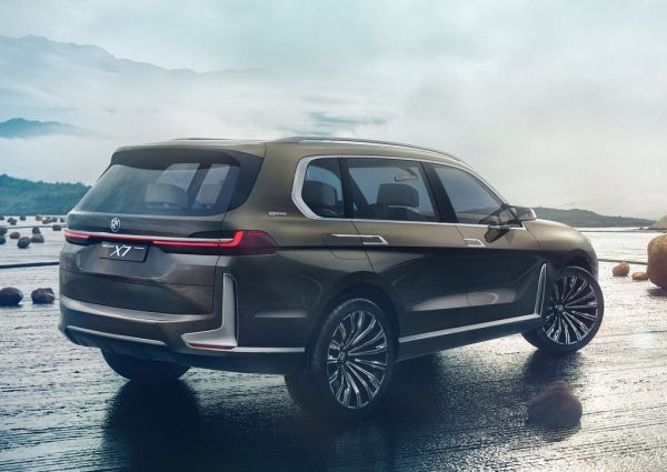 Новый внедорожник X7 от BMW