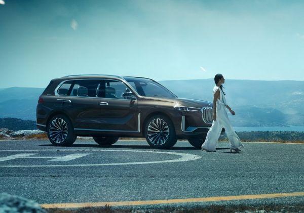 Брутальный внедорожник BMW X7