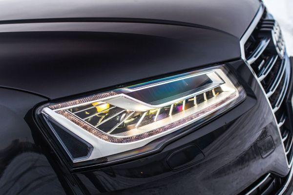 Преимущества и недостатки матричной оптики автомобиля