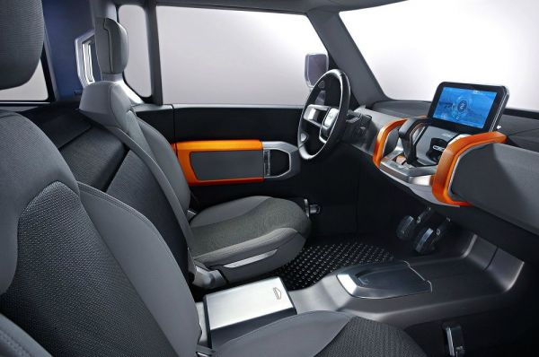 Интерьер нового Land Rover Defender 2018