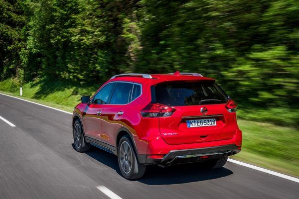 Задняя оптика Nissan X-Trail 2018