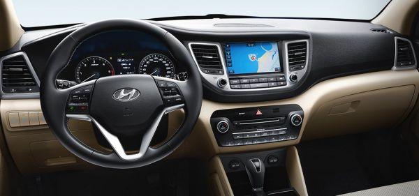 Хендай Туссан 2017-2018 года, руль и панель управления