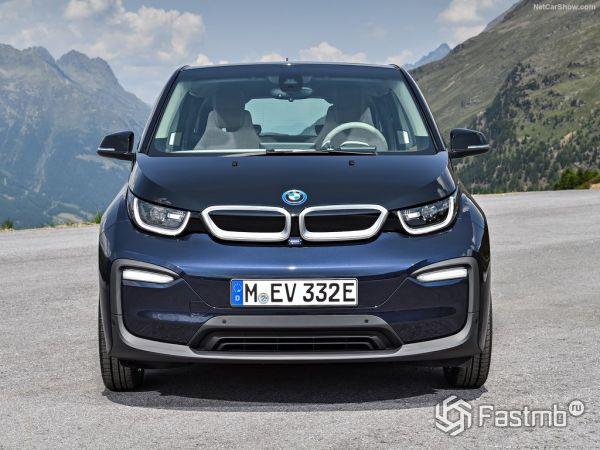 BMW i3 2017-2018, вид спереди