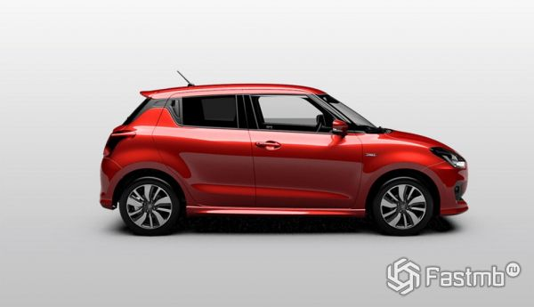 Suzuki Swift 2017, вид сбоку справа