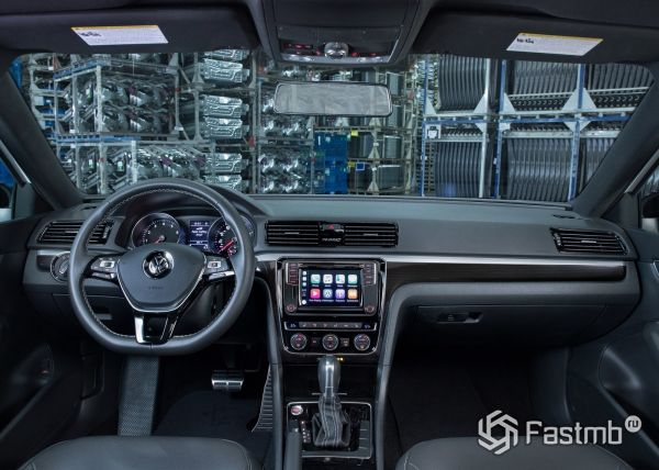 Передняя панель Volkswagen Passat GT 2018