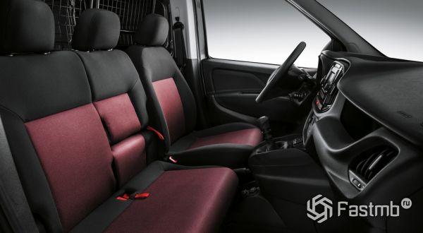 Трехместное сиденье Fiat Doblo