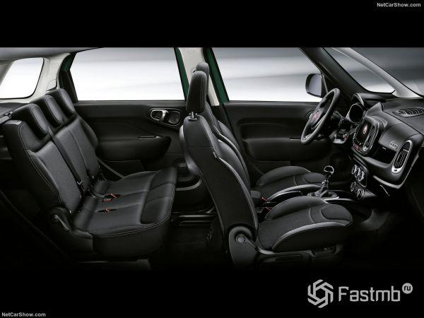 Fiat 500L Cross 2018, интерьер
