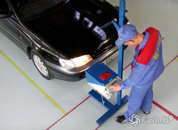 Как правильно регулировать фары автомобиля