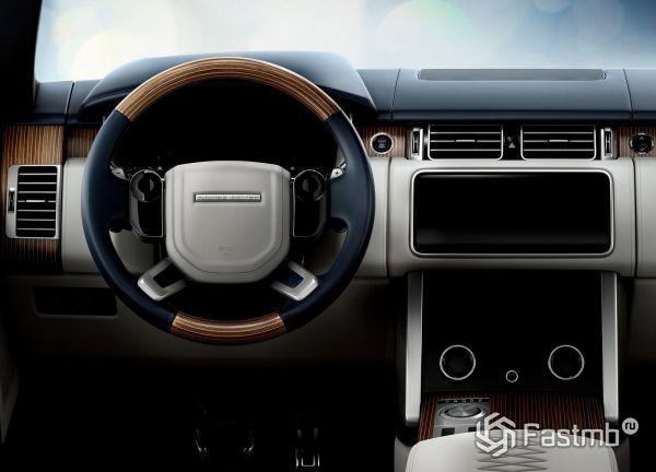 Водительское место Land Rover Range Rover SV Coupe 2019