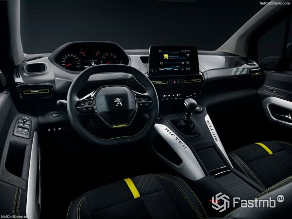Peugeot Rifter 4x4 Concept 2018, руль и панель управления