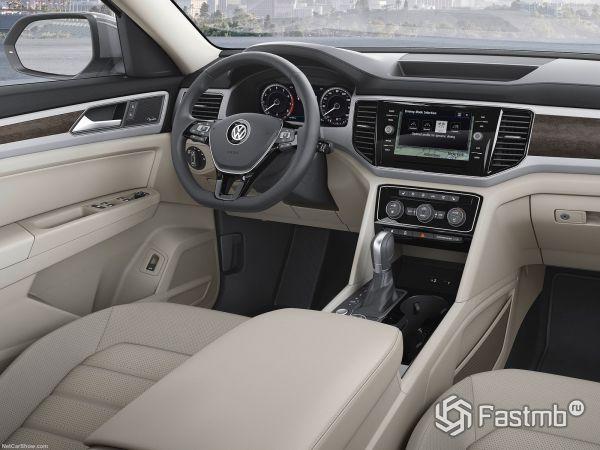 Интерьер нового Volkswagen Teramont 2018