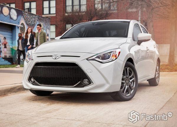 Новый Toyota Yaris Sedan 2018-2019