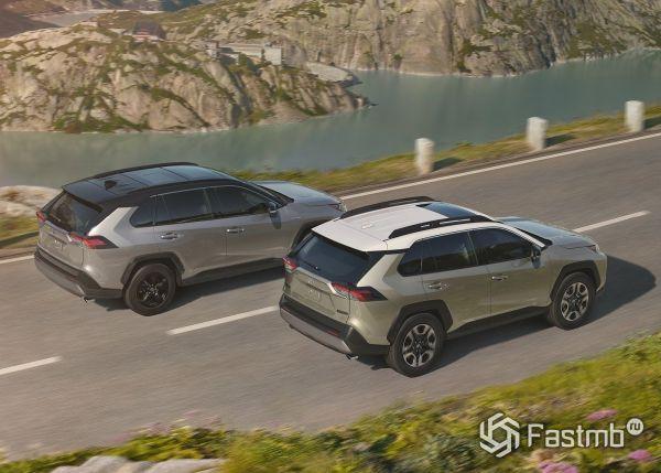 Люк и панорамная крыша нового Toyota RAV4 2019