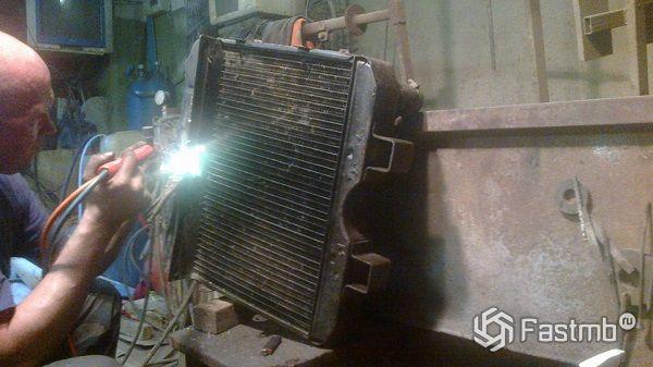 Способы ремонта радиатора охлаждения