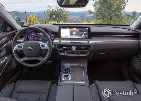 Интерьер нового Kia Quoris 2018-2019
