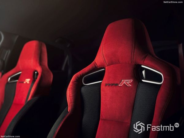Honda Civic Type R 2018, сидения
