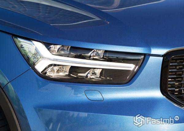 Передняя оптика нового Volvo