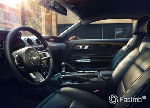 Обзор Ford Mustang 2017-2019 - технические характеристики и фото