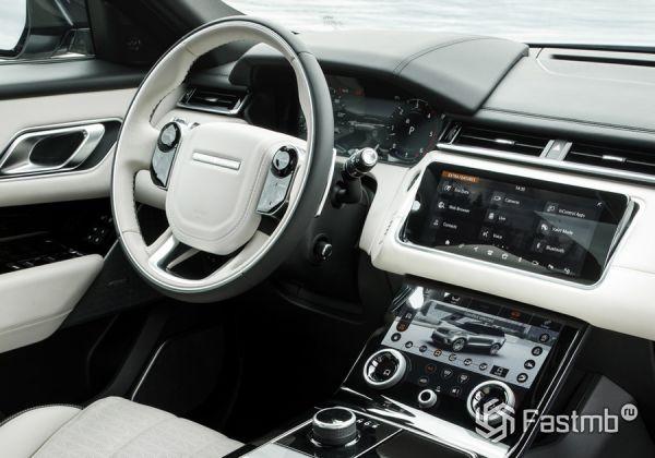 Интерьер нового Range Rover Velar 2019