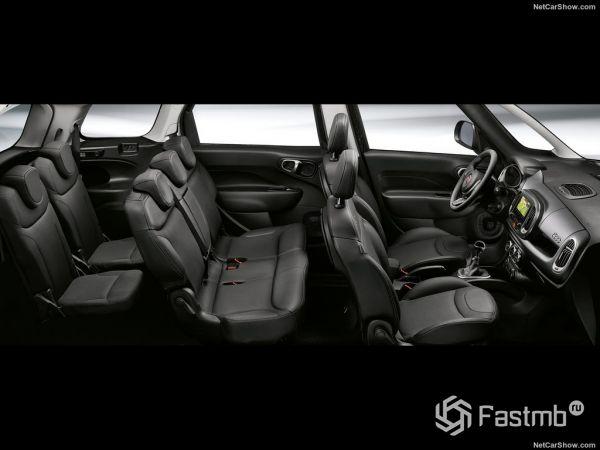 Fiat 500L Wagon 2018, интерьер