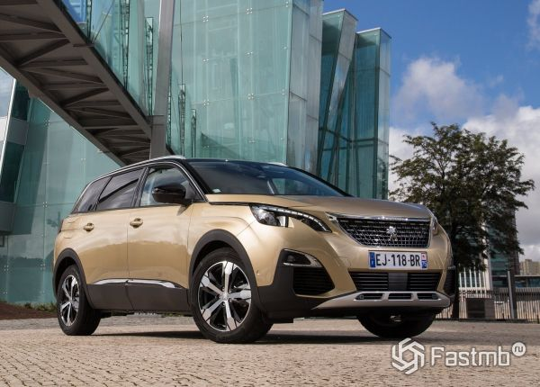 Полностью новый Peugeot 5008 2017