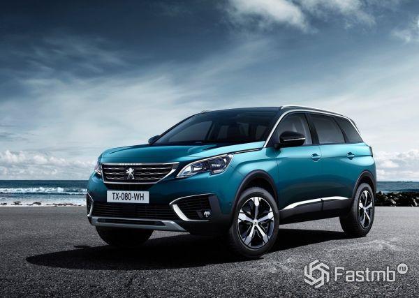 Кроссовер или минивэн, новый Peugeot 5008 2017-2019