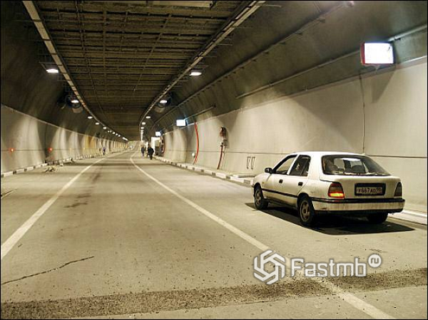 Швейцария – тоннель сквозь гранитную гору
