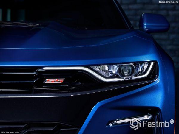 Chevrolet Camaro 2019, передняя часть