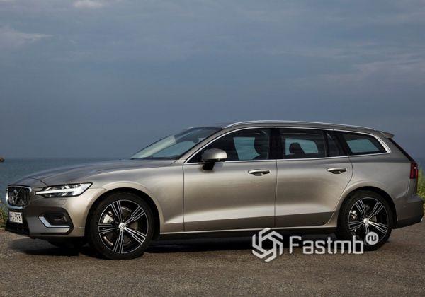 Volvo V60 2019, вид сбоку