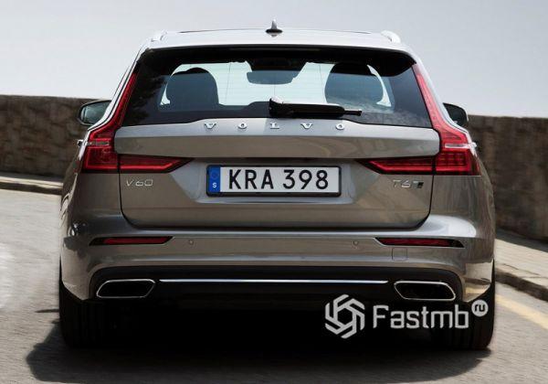 LED стопы универсала Volvo V60 2019
