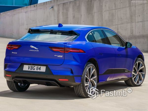 Jaguar I-Pace 2019, вид сзади и сбоку справа