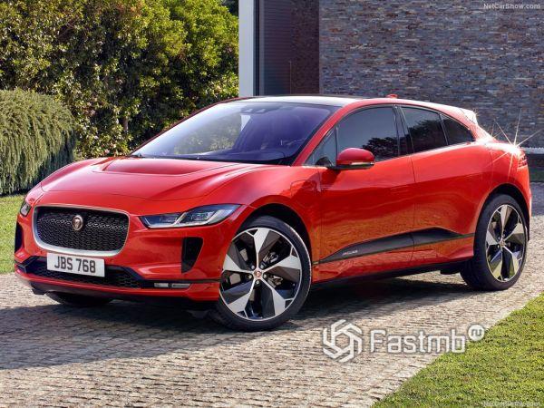 Jaguar I-Pace 2019, вид спереди и сбоку слева